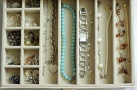 5 Tips To Organizing Your Jewelry